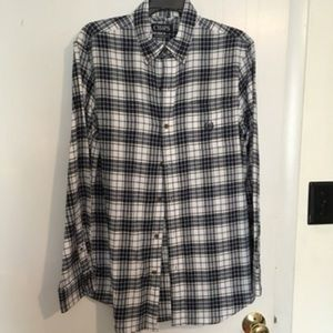 Simple white and blue flannel